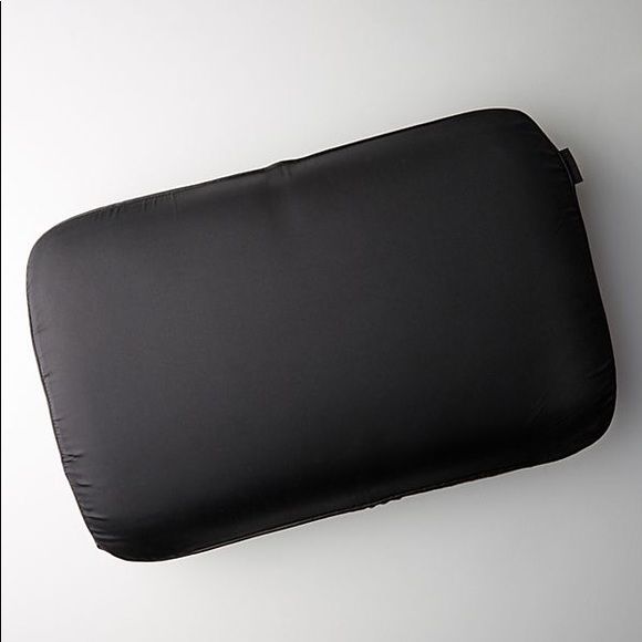 Discover Night Other - NIGHT™ Pillow Anti-Aging Pillow